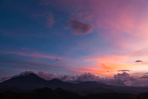 Democratic Republic of the Congo「Virunga Volcanoes, Uganda, Rwanda and DRC」:スマホ壁紙(19)