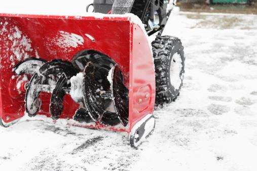 Snow Machine「Snowblower on Driveway Winter Snow Horizontal」:スマホ壁紙(4)
