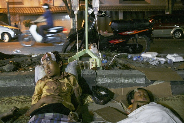 Regency Style「Deadly Earthquake Hits Central Java」:写真・画像(19)[壁紙.com]