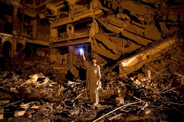 Taliban「Bomb Blast Hits Five-Star Hotel In Peshwar」:写真・画像(19)[壁紙.com]
