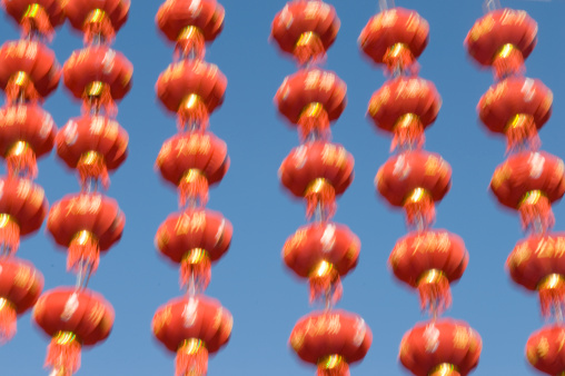 Chinese Lantern「Chinese Paper Lanterns Blowing in the Wind」:スマホ壁紙(8)