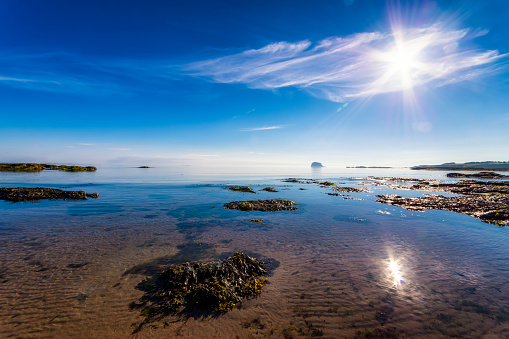 East Lothian「UK, Scotland, North Berwick, view view to Bass Rock」:スマホ壁紙(7)