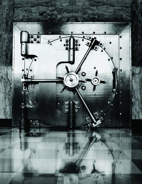 Vault Door:スマホ壁紙(壁紙.com)
