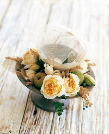 flower「Table flower of rose and skeleton leaf」:スマホ壁紙(6)