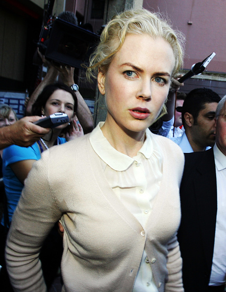 White Blouse「Nicole Kidman Gives Evidence In Sydney Court」:写真・画像(9)[壁紙.com]