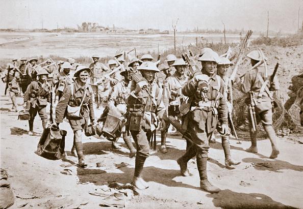 Infantry「Australian Machine-Gunners Returning From The Trenches France World War I 1916」:写真・画像(12)[壁紙.com]