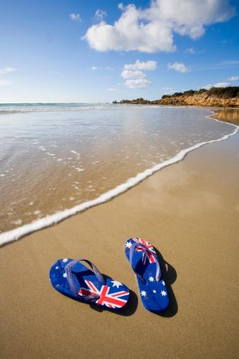 Flip-Flop「Australian flag thongs on beach」:スマホ壁紙(10)
