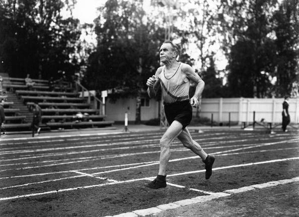 男「Elderly Runner」:写真・画像(18)[壁紙.com]