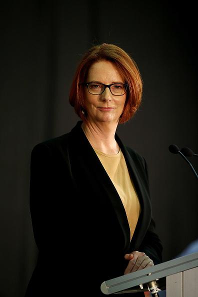 Julia Gillard「Julia Gillard Hosts Community Cabinet Meeting」:写真・画像(12)[壁紙.com]