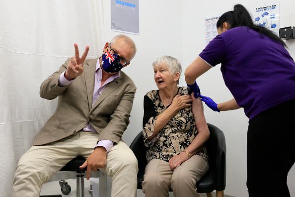 Best shot「Australian Prime Minister Scott Morrison Receives Pfizer Covid-19 Vaccination」:写真・画像(16)[壁紙.com]