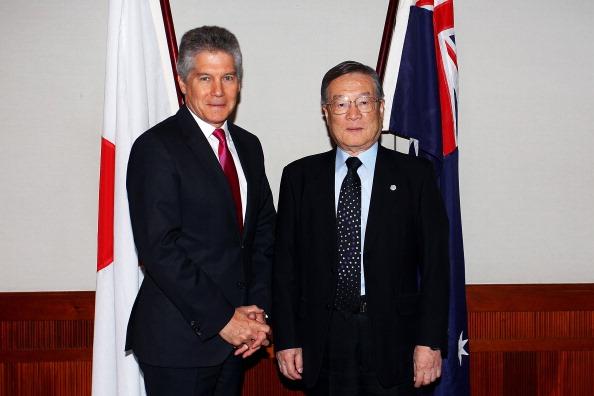 上半身「Australia-Japan Ministerial Meetings Underway In Sydney」:写真・画像(19)[壁紙.com]