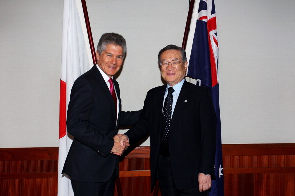 上半身「Australia-Japan Ministerial Meetings Underway In Sydney」:写真・画像(18)[壁紙.com]