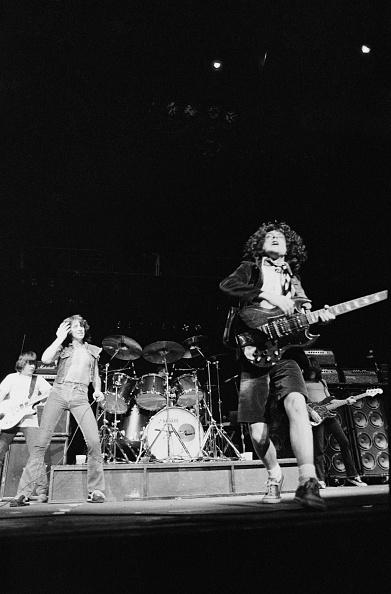 ギタリスト「AC/DC On Stage」:写真・画像(11)[壁紙.com]