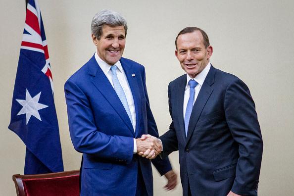 John Kerry「John Kerry Holds Bilateral Talks With Tony Abbott During Joko Widodo  Inauguration」:写真・画像(13)[壁紙.com]