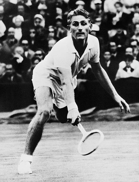 Lew Hoad「Lew Hoad At Wimbledon」:写真・画像(1)[壁紙.com]
