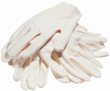 手袋「A stack of white cotton gloves」:スマホ壁紙(12)