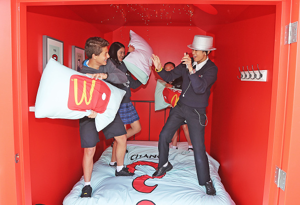 Bedding「McDonalds Opens The Doors To First Real-Life Monopoly Hotel」:写真・画像(19)[壁紙.com]
