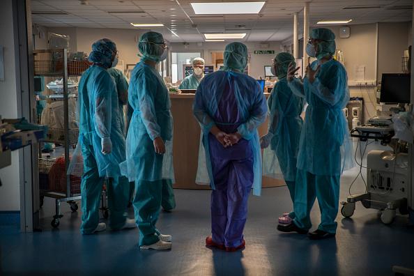 France「Coronavirus Takes High Toll In Grand Est Region, Epicenter Of Country's Outbreak」:写真・画像(11)[壁紙.com]