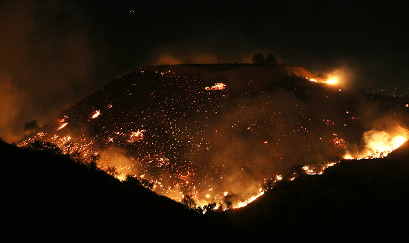 カリフォルニア州「Southern California Wildfires Forces Thousands to Evacuate」:写真・画像(16)[壁紙.com]
