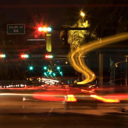 Boulevard「Busy Miami street at night」:スマホ壁紙(7)