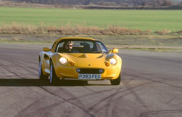 Dirt Road「1996 Lotus Elise」:写真・画像(13)[壁紙.com]