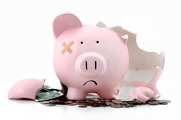 Broken piggy bank:スマホ壁紙(壁紙.com)