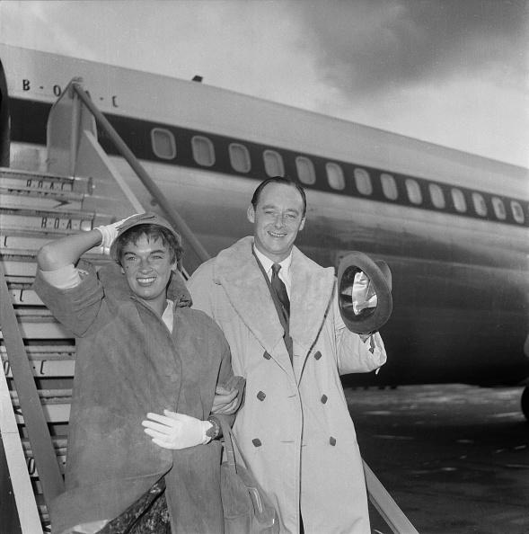 Heathrow Airport「Donald Campbell And Tonia Bern」:写真・画像(5)[壁紙.com]