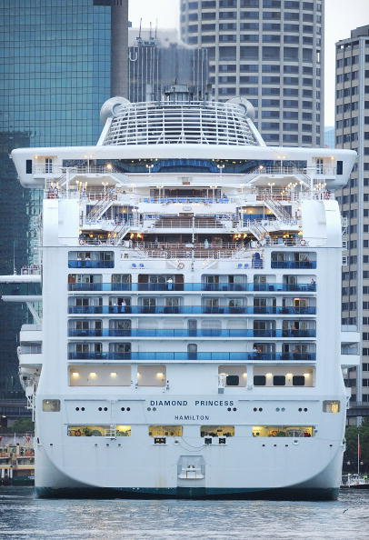 Ship「Three Superliners Arrive In Sydney As Cruising Industry Thrives」:写真・画像(3)[壁紙.com]