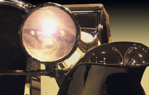 Car Dealership「Vintage automobile headlight」:スマホ壁紙(7)