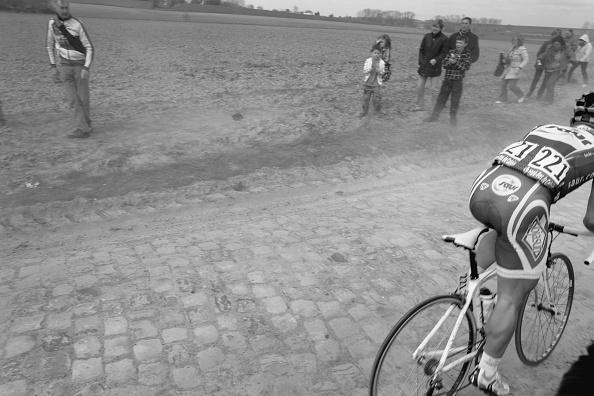 Paving Stone「Jimmy Casper Paris Roubaix 2010」:写真・画像(17)[壁紙.com]