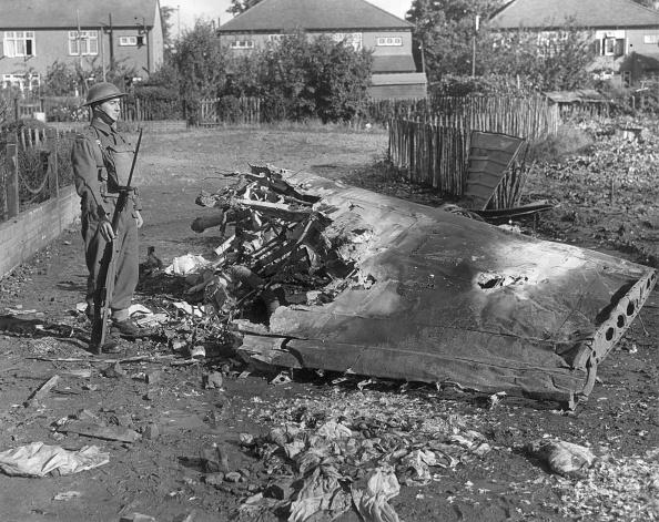 Explosive「Wing Of Bomber」:写真・画像(2)[壁紙.com]