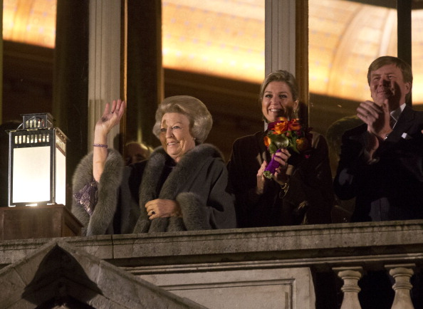 Utrecht「Queen Beatrix, Prince Willem Alexander And Princess Maxima Of The Netherlands Attend 300 Year Utrecht Peace Celebrations」:写真・画像(17)[壁紙.com]