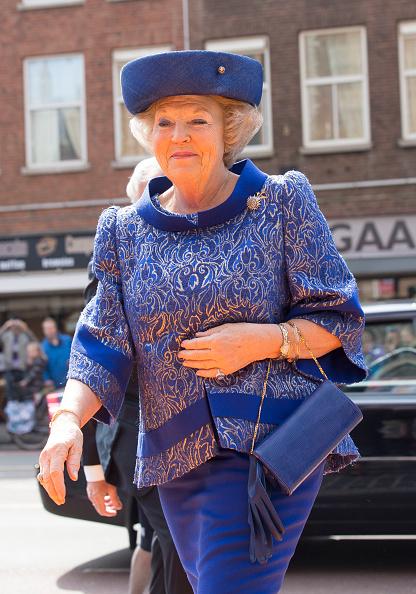 Blue Hat「Queen Beatrix Of The Netherlands Opens Huygens Exhibition」:写真・画像(5)[壁紙.com]