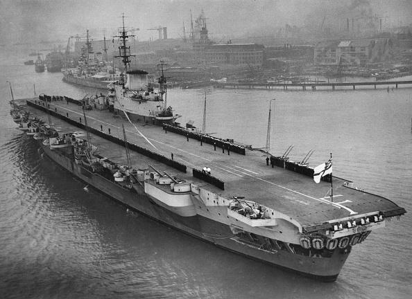 Commercial Dock「HMS Indefatigable」:写真・画像(17)[壁紙.com]