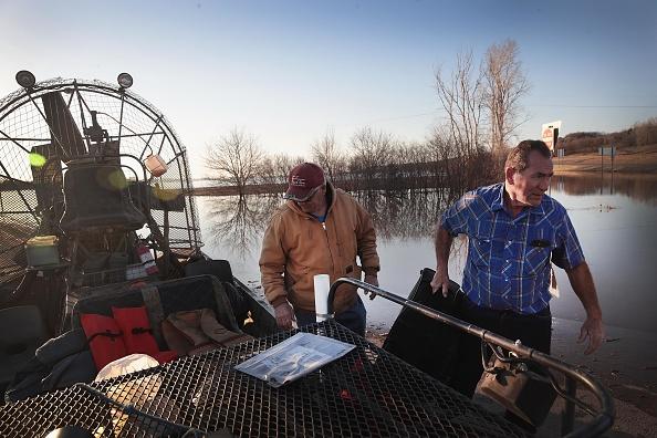 船舶「Flooding Continues To Cause Devastation Across Midwest」:写真・画像(8)[壁紙.com]