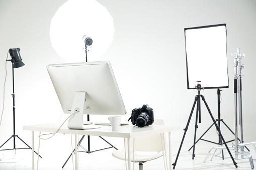 Behind The Scenes「Photography studio」:スマホ壁紙(18)