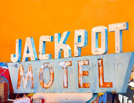 Motel「Old sign」:スマホ壁紙(15)