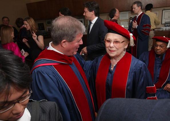 Renata Scotto「Juilliard Holds 104th Commencement Ceremony」:写真・画像(13)[壁紙.com]