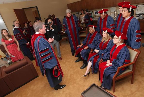Renata Scotto「Juilliard Holds 104th Commencement Ceremony」:写真・画像(17)[壁紙.com]