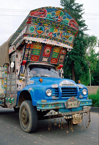 Ornate「Decorated Lorry, Islamabad,Pakistan」:写真・画像(1)[壁紙.com]
