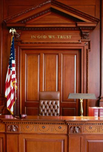1990-1999「Courtroom」:スマホ壁紙(3)