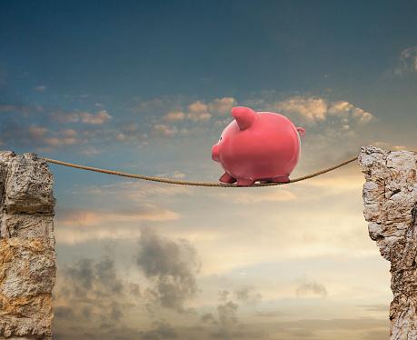 Layered「Piggy Bank On A TightRope」:スマホ壁紙(6)