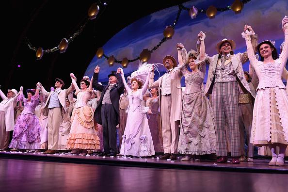 ミッドタウンマンハッタン「Bernadette Peters' Opening Night of 'Hello, Dolly!' On Broadway」:写真・画像(11)[壁紙.com]