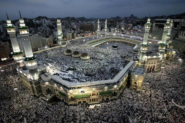 Large Group Of People「Muslim Pilgrimage To Mecca」:写真・画像(13)[壁紙.com]