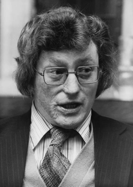 Member of Parliament「Ron Brown」:写真・画像(5)[壁紙.com]
