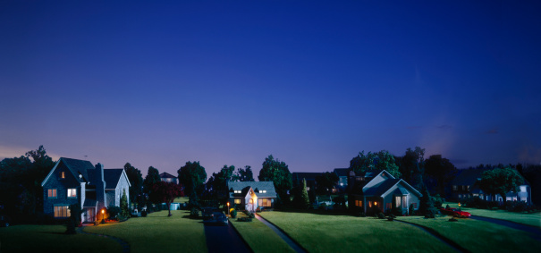 Twilight「Miniature suburban neigborhood, dusk」:スマホ壁紙(2)