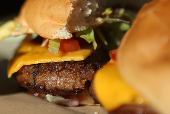 Veggie Burger「Meatless Burgers Gain In Popularity」:写真・画像(1)[壁紙.com]