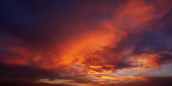 Aura「Blood red sunset - 23 Megapixels」:スマホ壁紙(6)