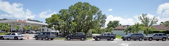 Approaching「Ernesto Tracks Towards South Florida」:写真・画像(18)[壁紙.com]