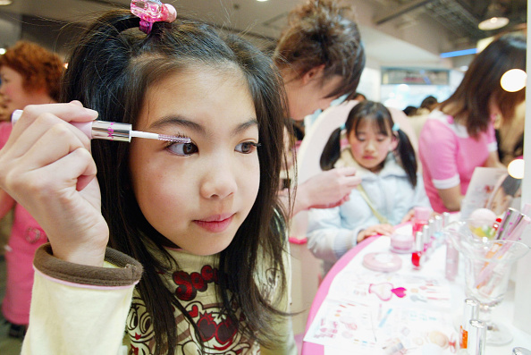 Mascara「Cosmetic Products For Children Launched In Japan」:写真・画像(19)[壁紙.com]
